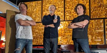 Steve Kilbey (The Church) with Gareth Koch & Roger Mason (Icehouse) - LATE SHOW