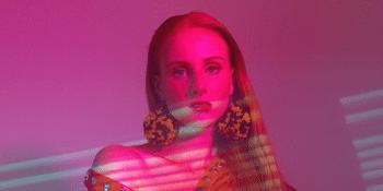 Vera Blue | Lady Powers Tour