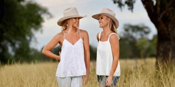 Sunny Cowgirls 'Happy Days' Show
