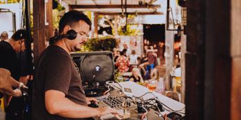 Pure Vibe Sundays ft. DJ Charlie Bucket & guests
