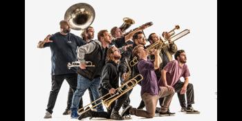 Bullhorn - Brass Before Class